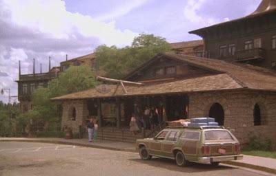 Grand Canyon Hotel 1