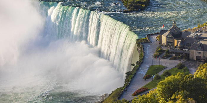Niagara_Falls_Canadian_Overlook_350_2x1_tcm40-149734