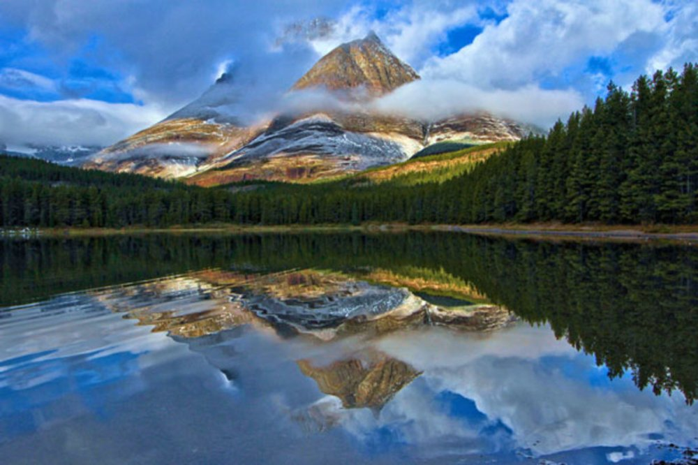 glacier-fishercap-lake-sunrise_tamadamjewell_612