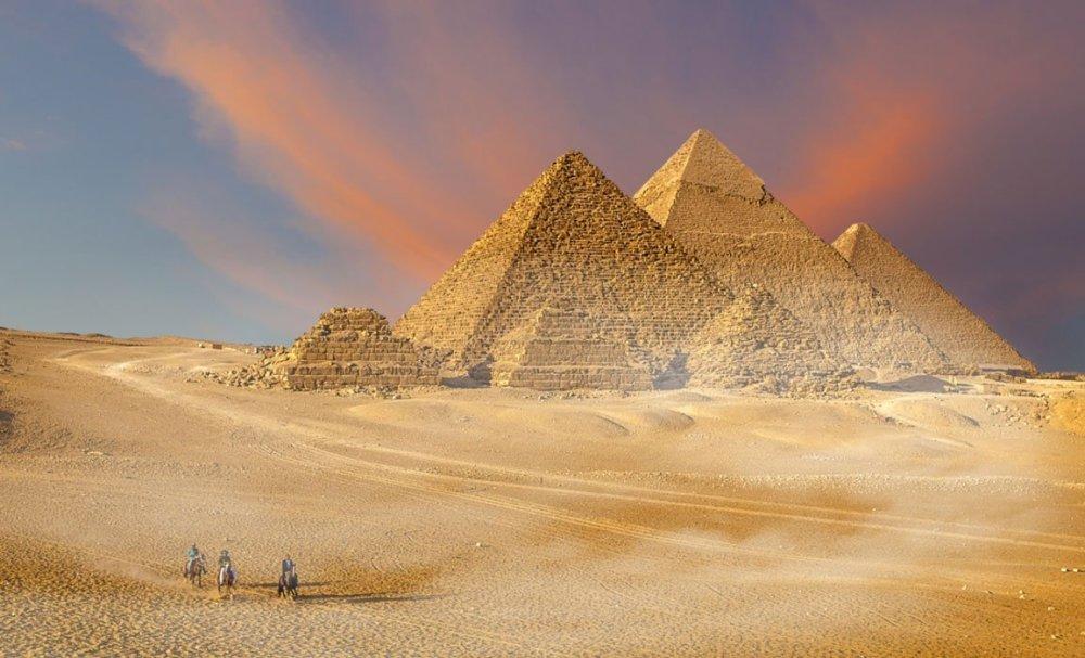 How-were-the-pyramids-built